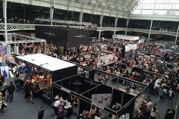 trade show, vendors